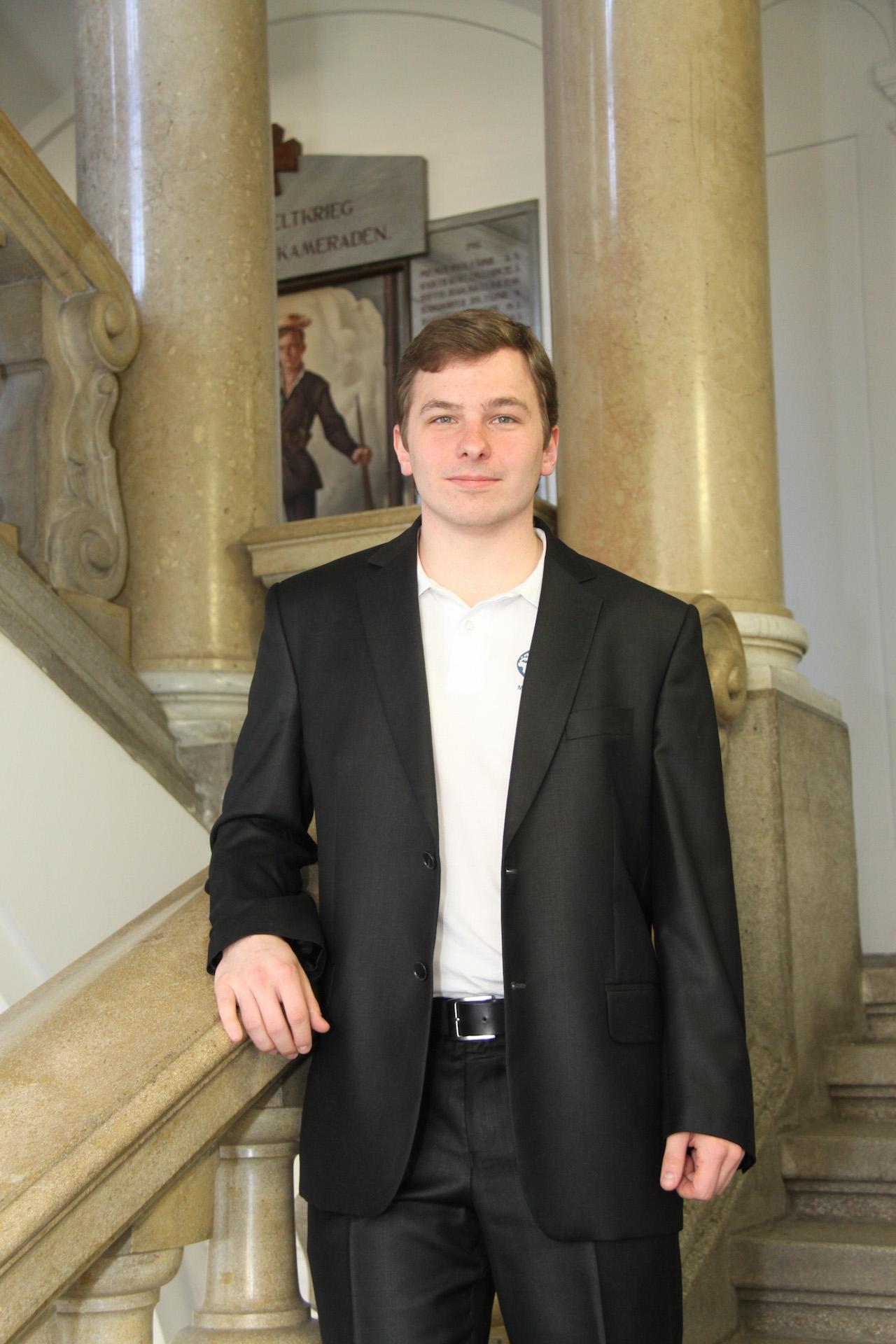 Daniel Hirschl - Office Manager